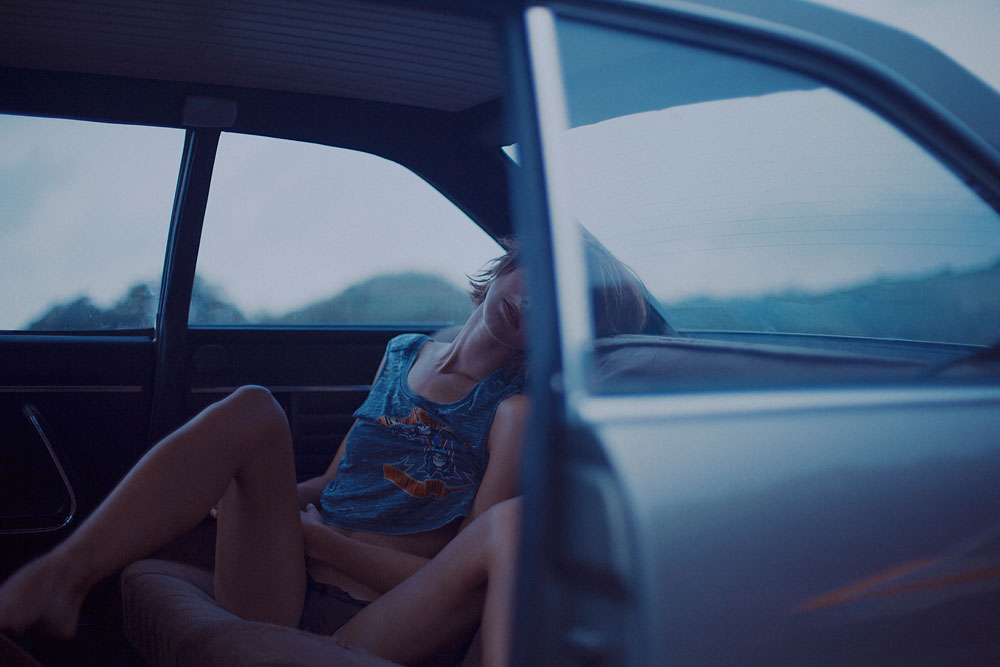 Sexteaze | Marion in a 1975 Peugeot 504 Coupe