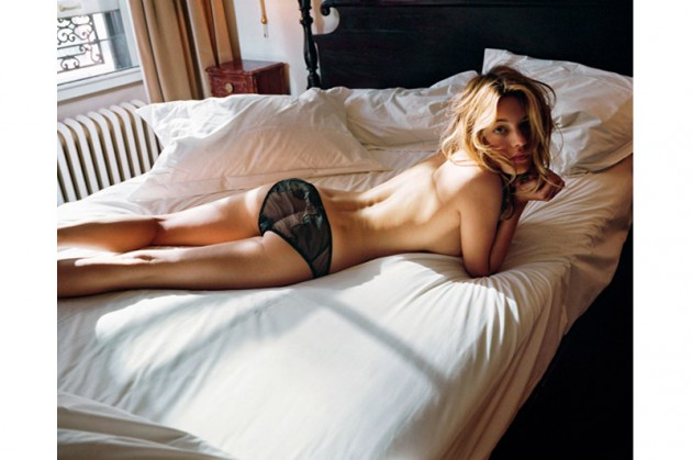 Camille Rowe | Sexteaze